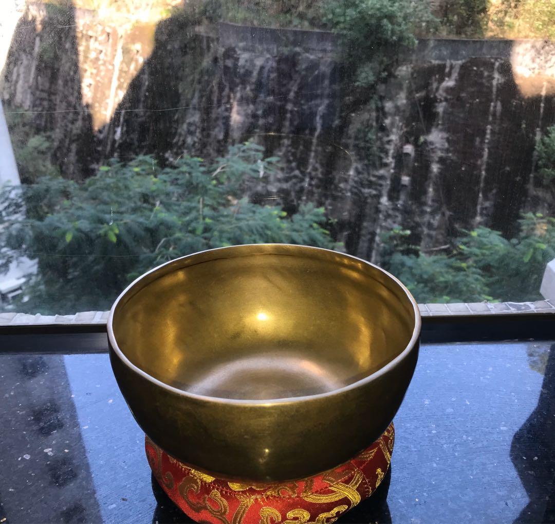 Singing Bowl (20cm)