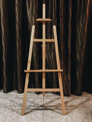 Wooden Easel Stand For Rent