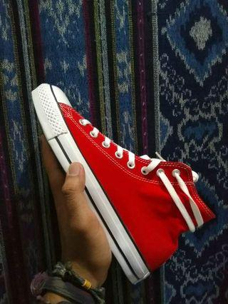 Converse Hi Red EU 42