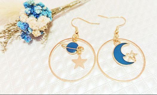 耳環 藍色星空 月亮甜美清新少女垂墜耳勾耳環#五折清衣櫃
