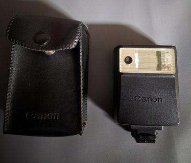 Flash Camera Analog Canon Speedlite 133A