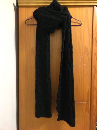Bershka 粗針織圍巾