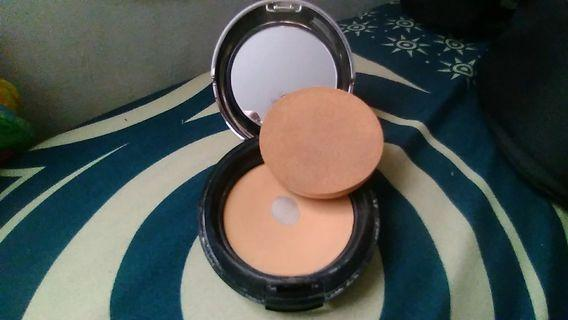 All in one face base the body shop