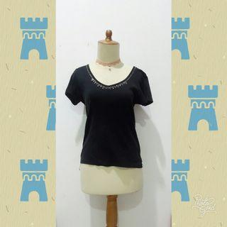 #reprice Black T-Shirt by Bossini