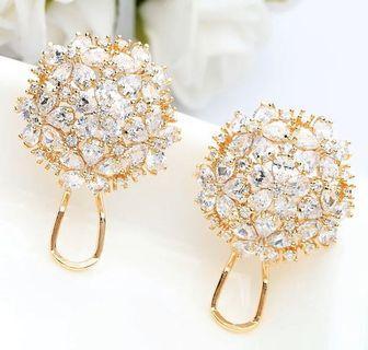 名媛奢華款 繡球花水晶耳環