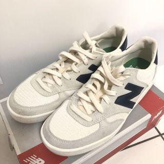 NEW BALANCE 休閒鞋 300 NB 米白 藍 復古奶油底 麂皮 女鞋 男鞋 CRT300WA 運動鞋
