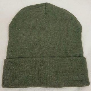 接近新素色反折毛帽/針織帽/毛線帽