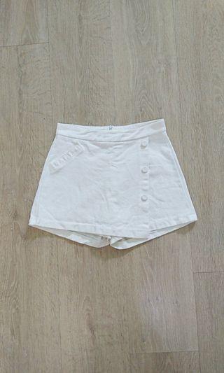 PUFI白色褲裙 二手近全新#五折清衣櫃