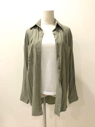 【現貨實拍-秋季新品】舒服柔軟草綠色襯衫上衣 防曬開衫罩衫