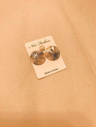 波光粼粼膠片耳環