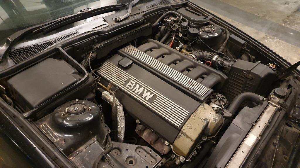 1988 BMW E34 520i (A)