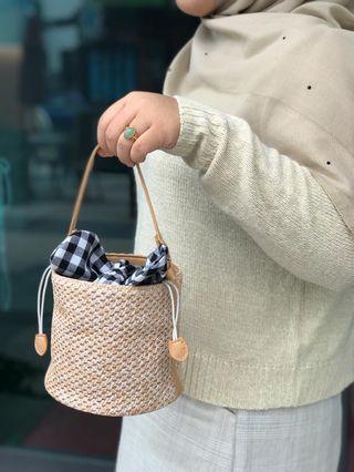 Bucket rattan sling bag