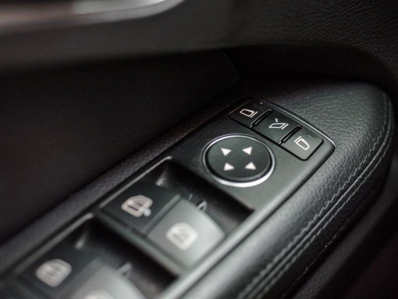 正2014 E350 AMG白 跑少配備滿