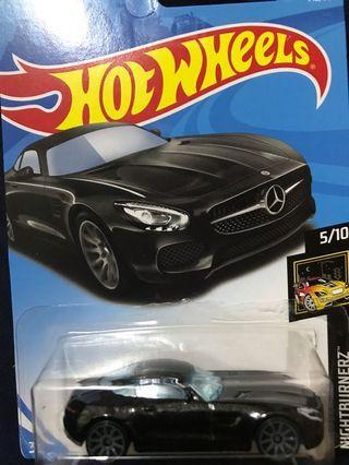 Hotwheels 15 Mercedes AMG GT