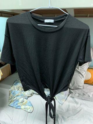 黑色短版綁結上衣
