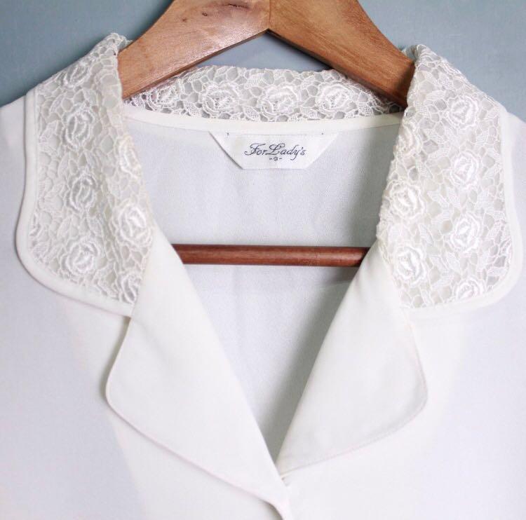 白色淡雅雕花古著襯衫