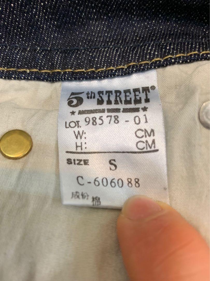 品牌牛仔短裙