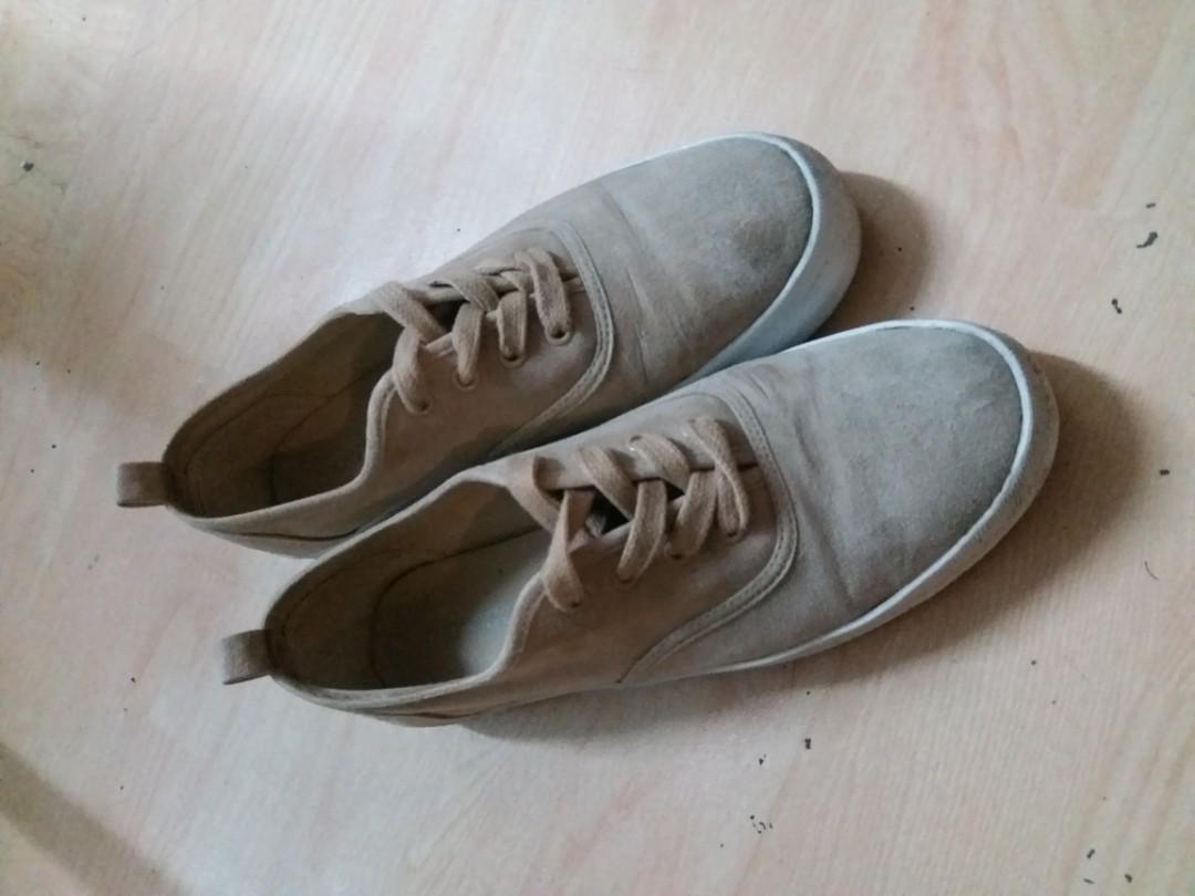 休閒鞋 無鞋帶綁 賤賣
