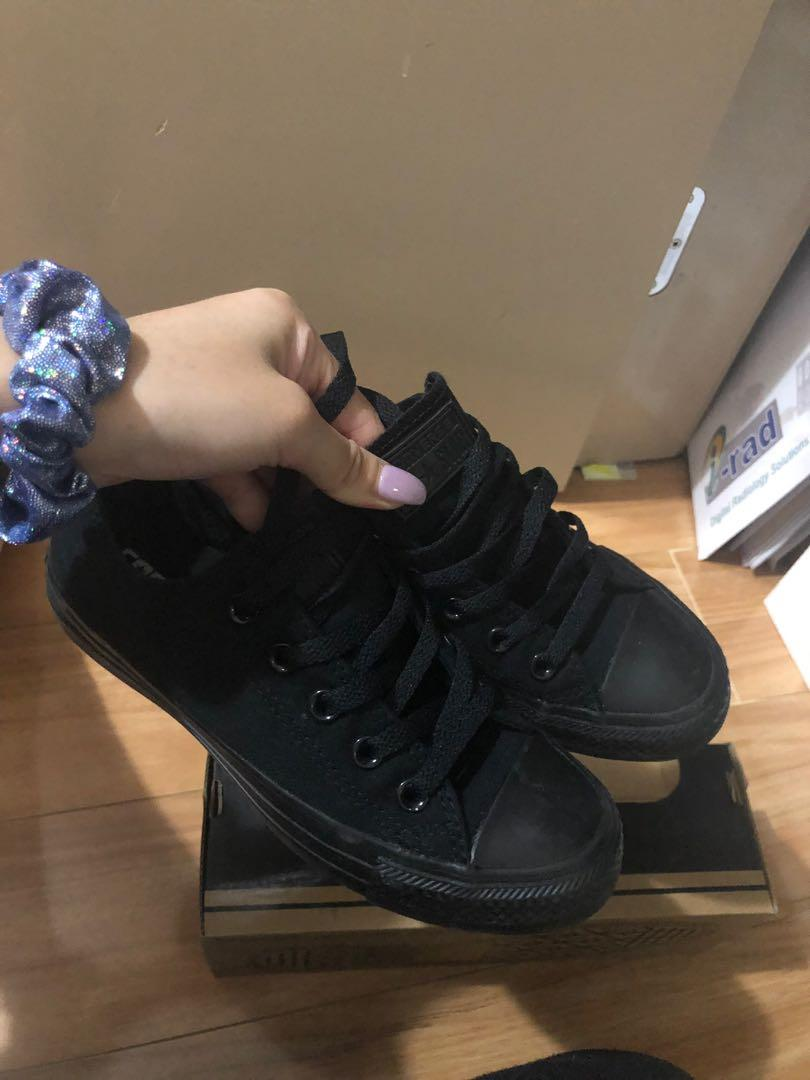 All black low converse