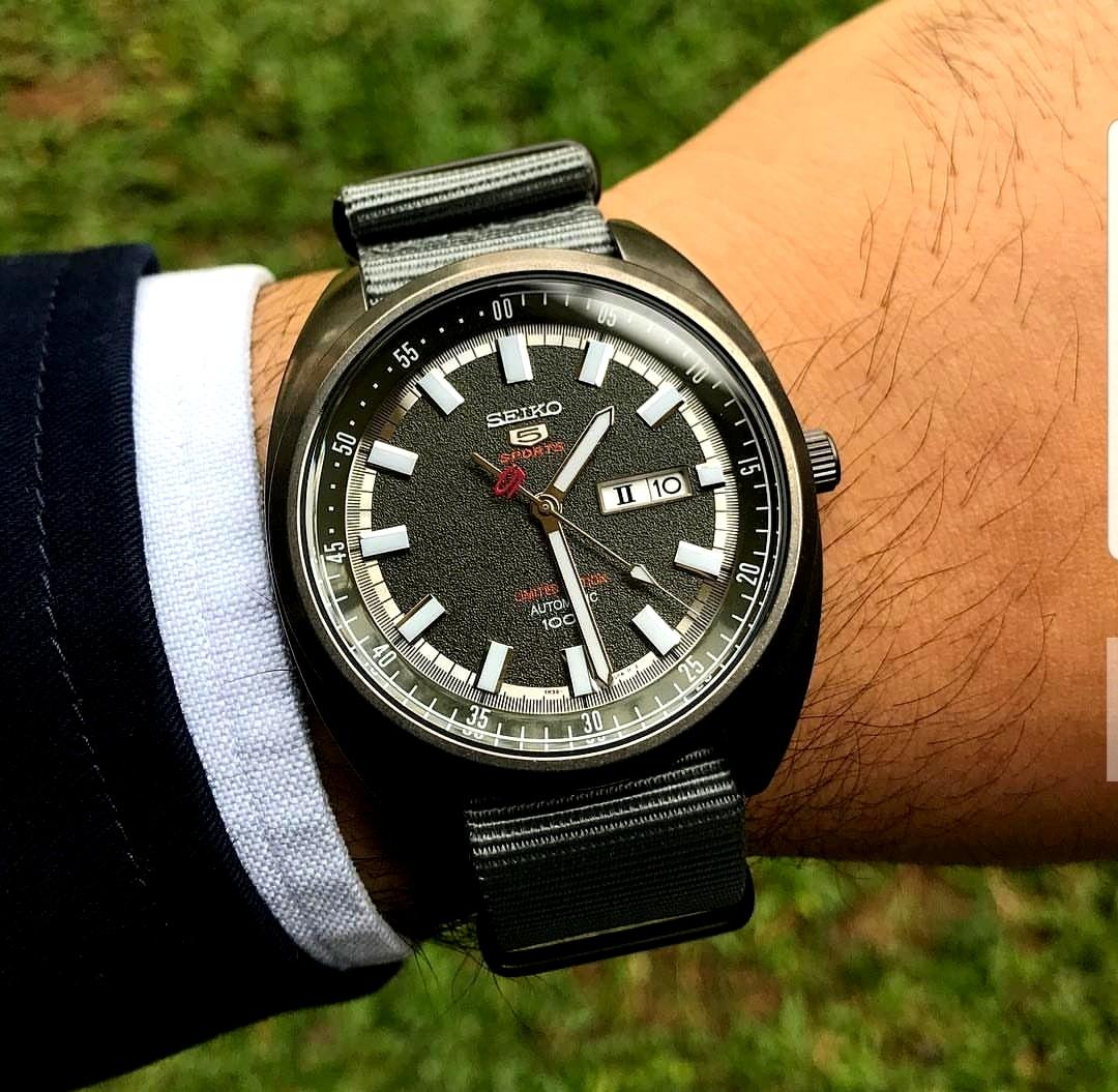[BNIB] *Made In Japan* Seiko Limited Edition Sports 5 Automatic 24-Jewel Watch with a 44mm Turtle-Style Case SRPB73J1 SRPB73J SRPB73