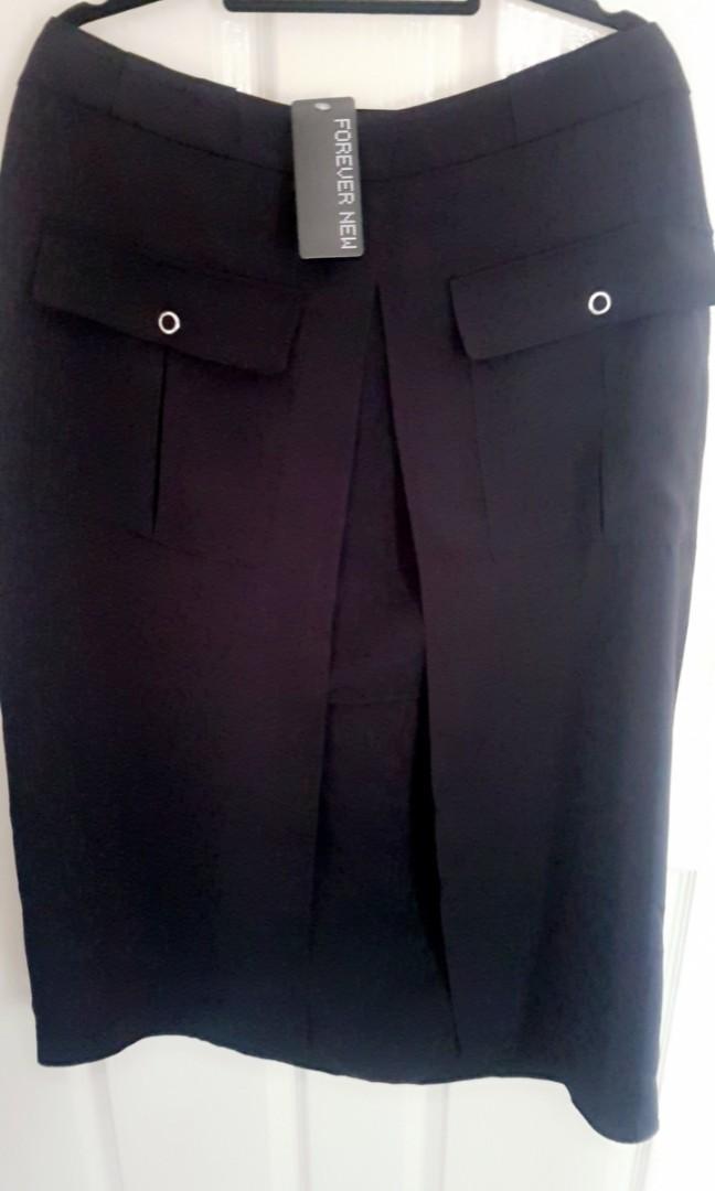 Dana patch pocket midi skirt