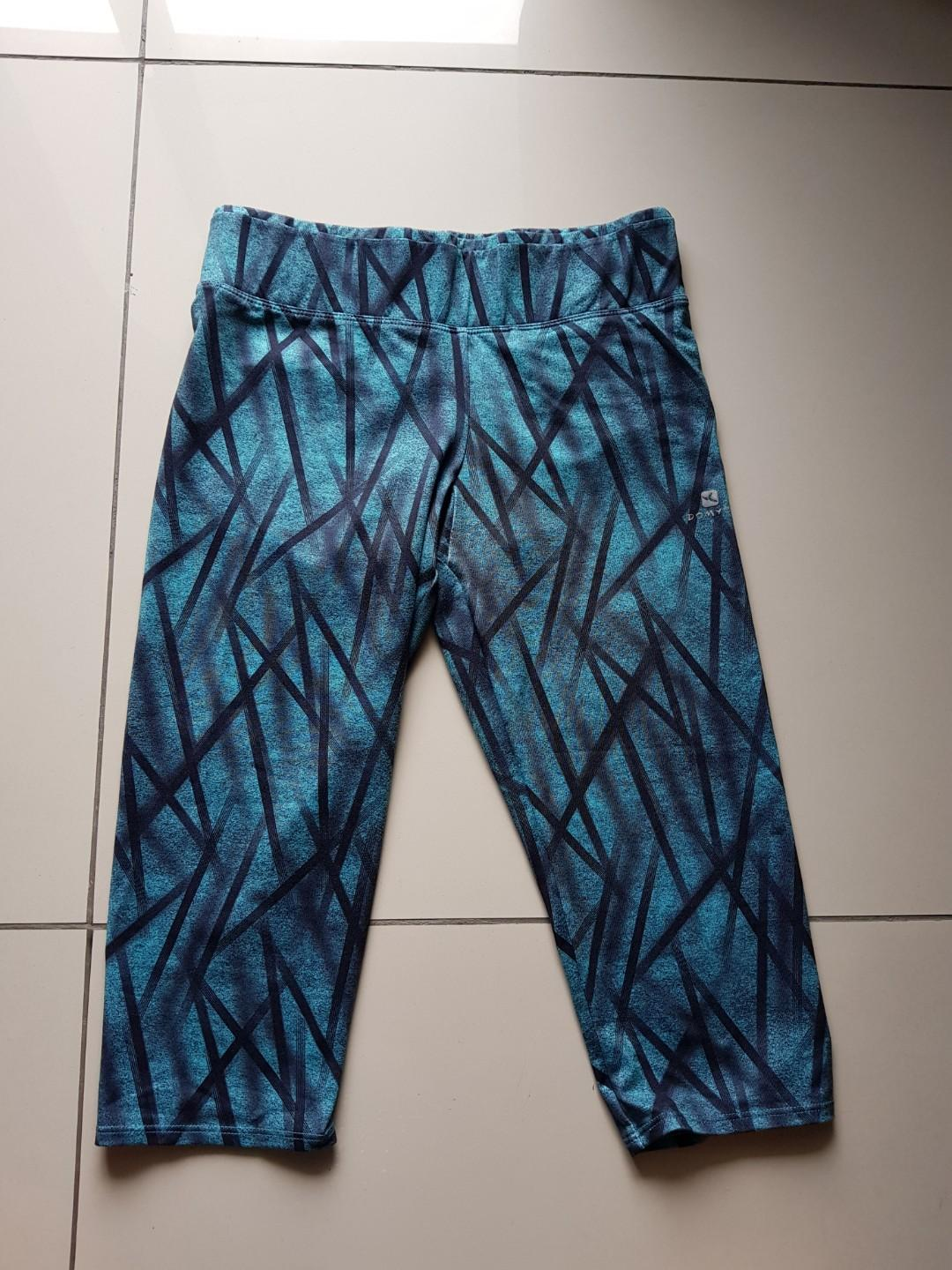 Decathlon 3/4 Gym / Yoga pants / Leggings