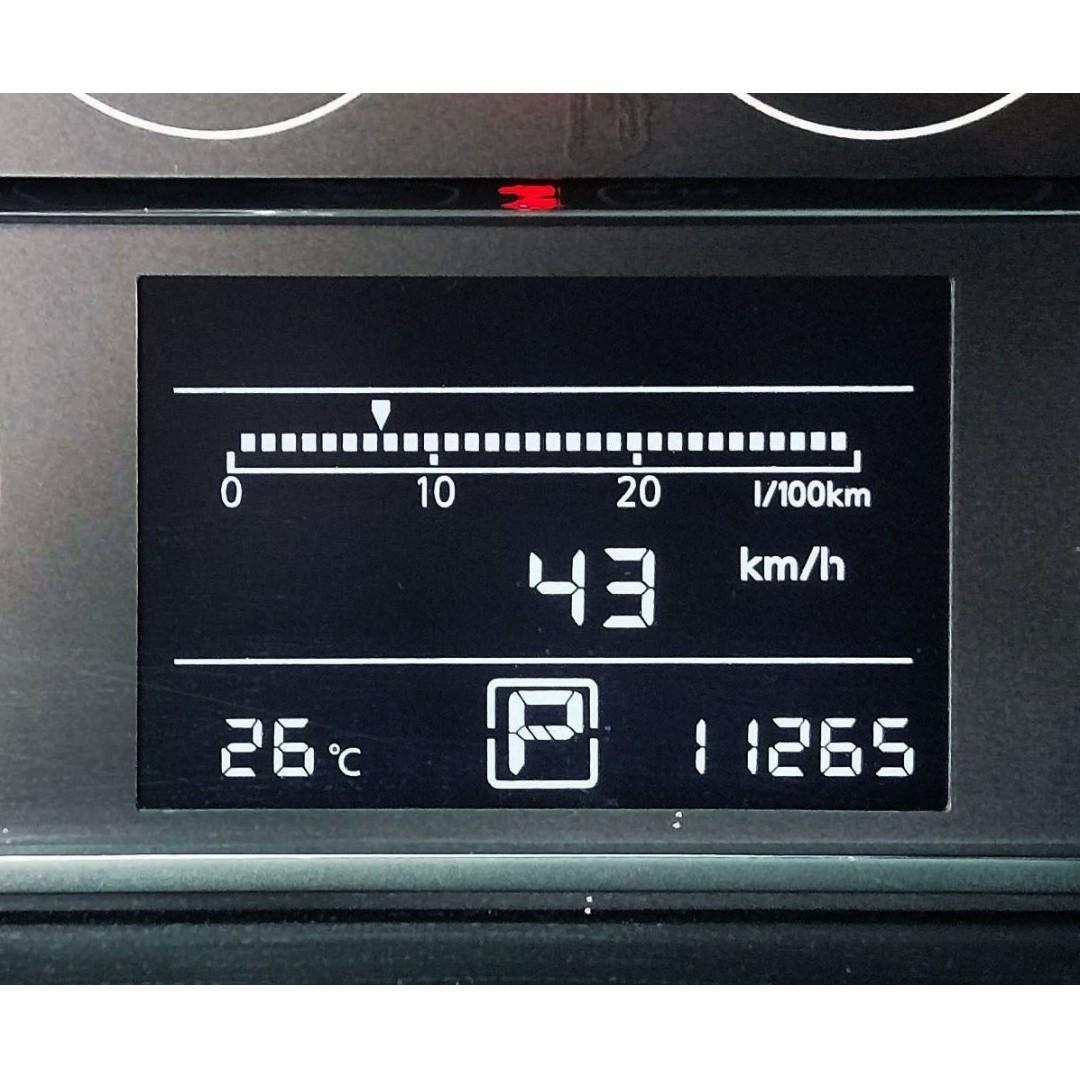 I Tiida 5D 頂級級艦版 大滿配 里程只跑1萬 Keyless 360度環景影像
