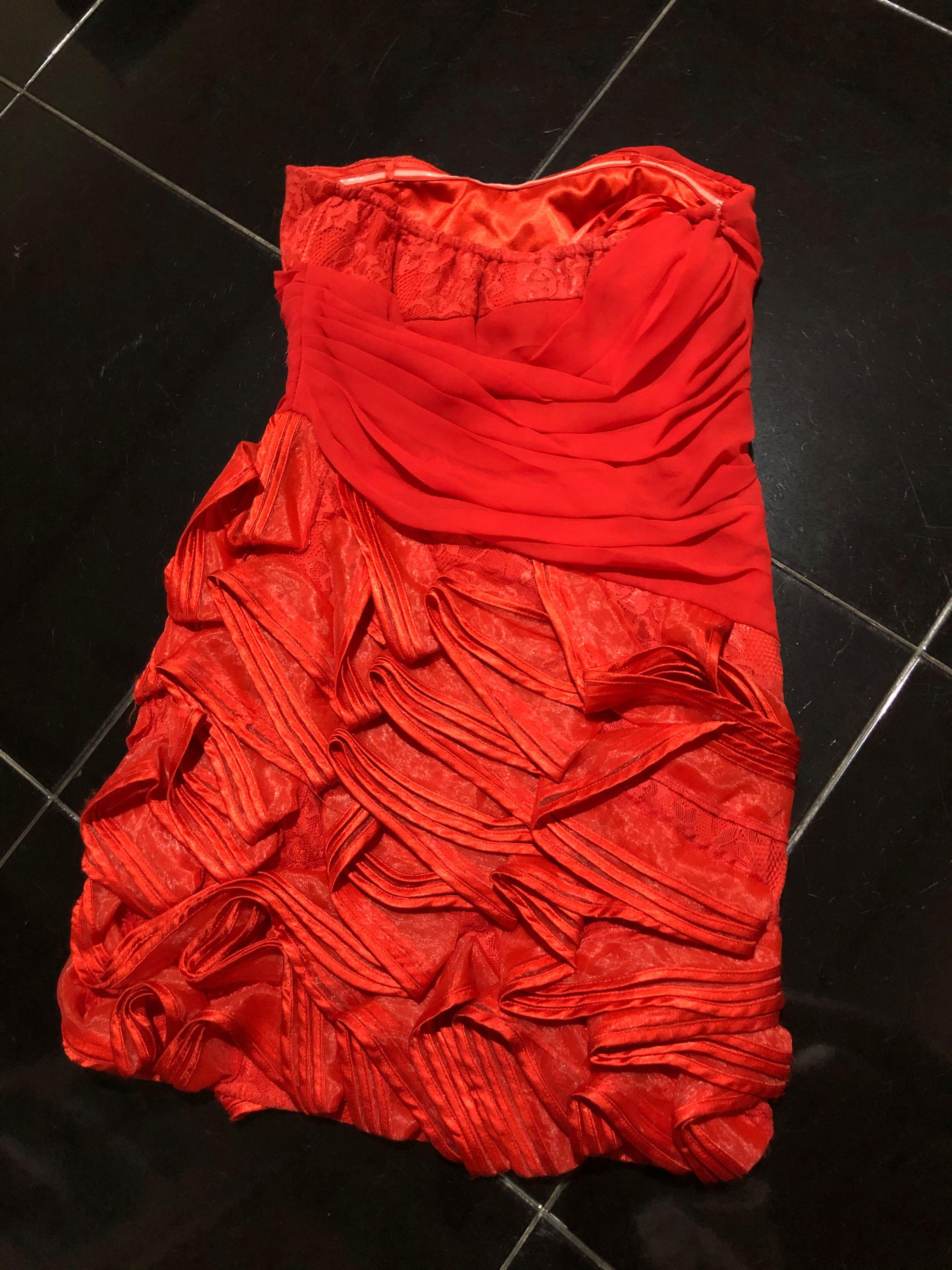 Mini Dress red harga beli 1.500.000