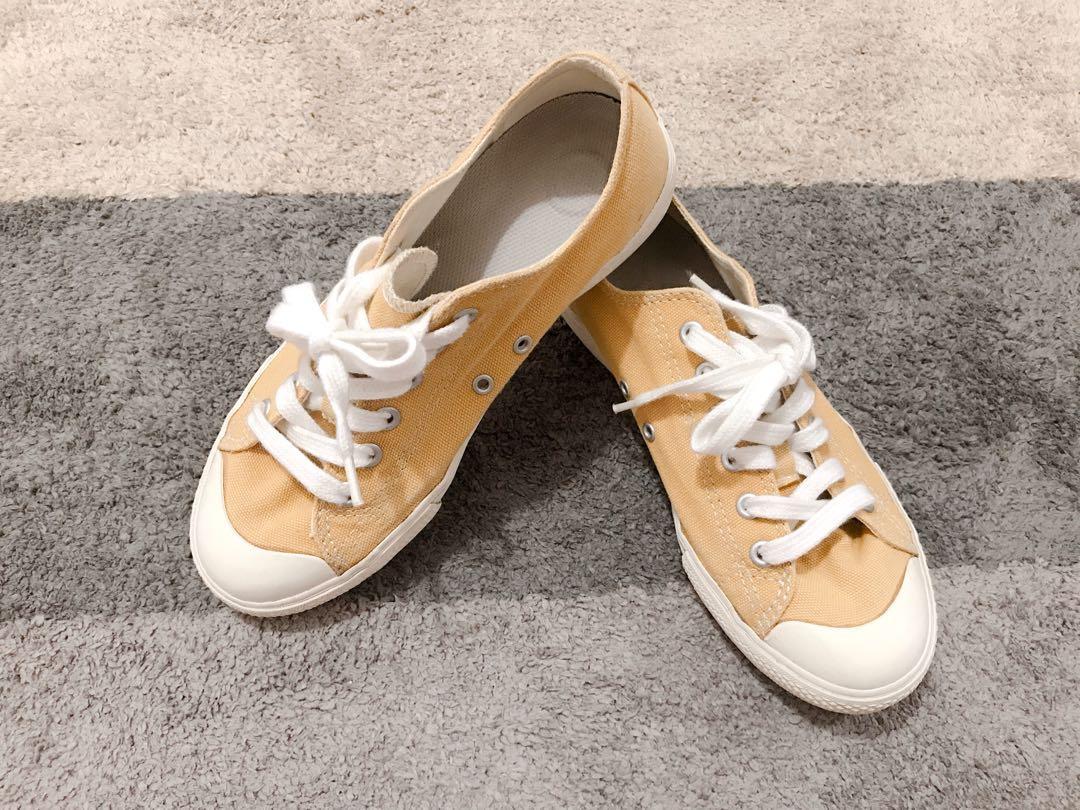 【Muji】【無印良品】撥水加工有機棉舒適休閒鞋23號 二手