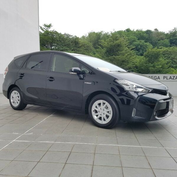 Prius Alpha Hybrid for Lease
