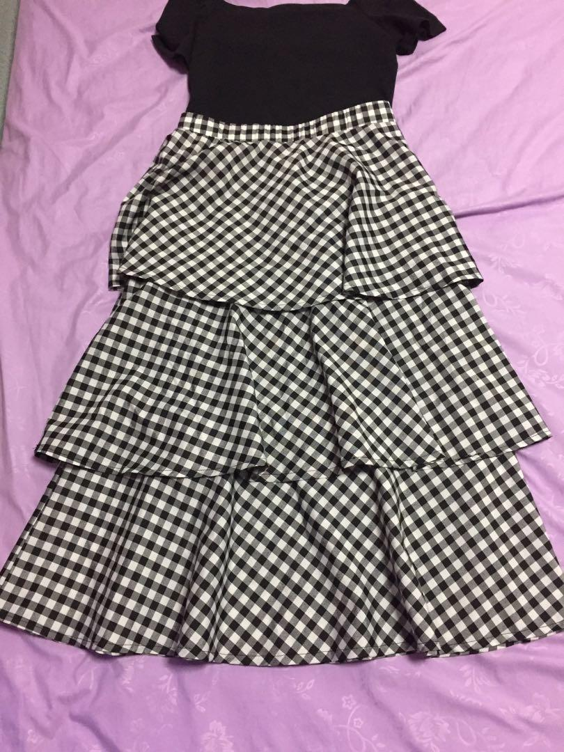 (S) MDS Flounce Layered Skirt in Black Gingham
