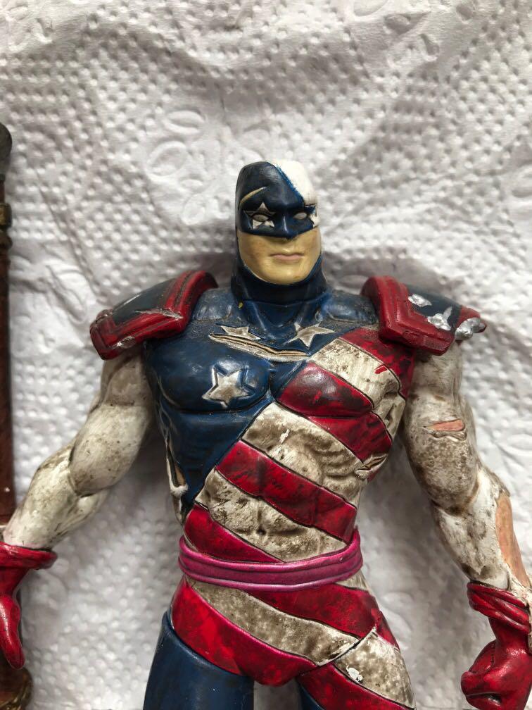 Sale preloved figurine