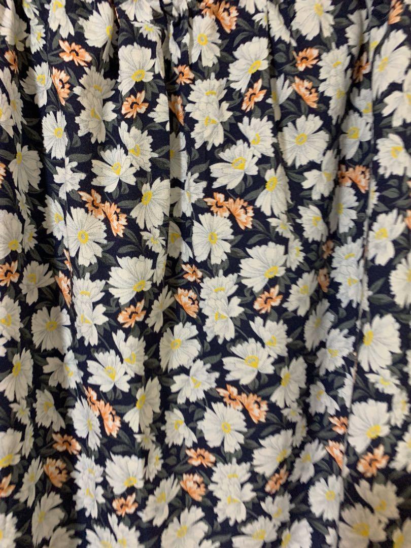 Off Shoulder Floral TOP by Dorothy Perkins