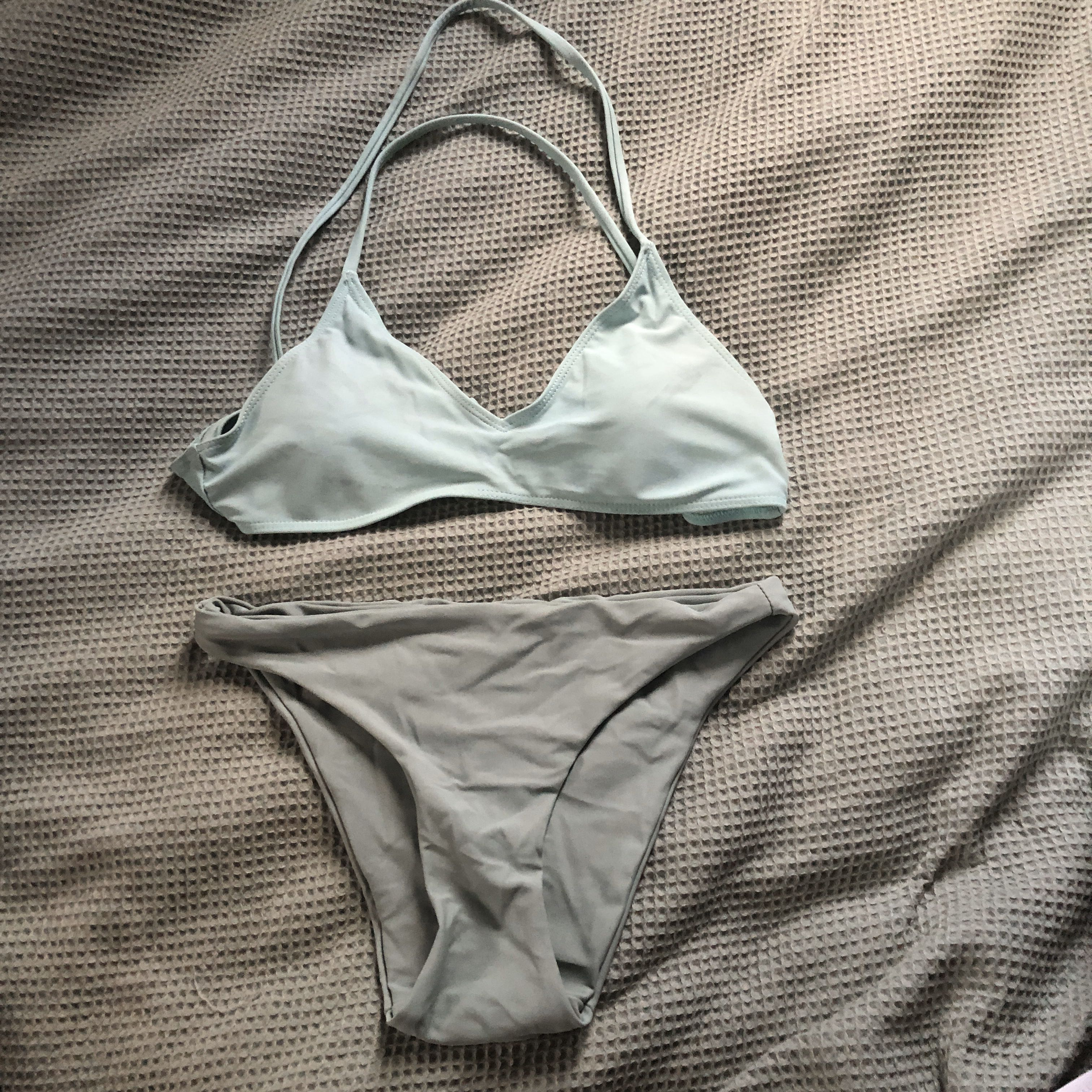 Turquoise bikini size 8