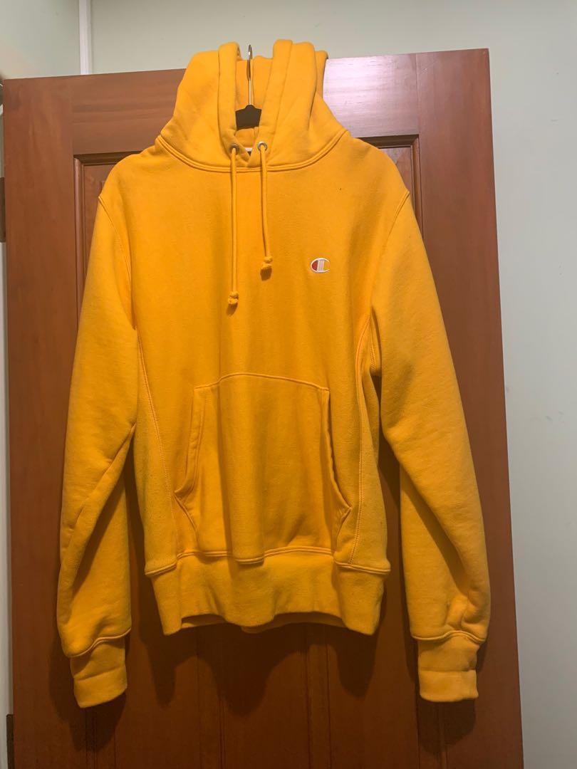 Unisex/Men's yellow Champion hoodie size S