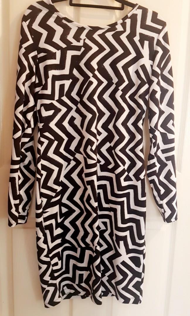 Zigzag Bodycon dress
