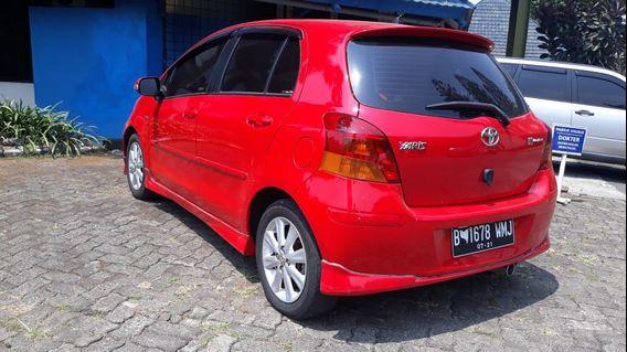 Yaris s limited a/t 2011