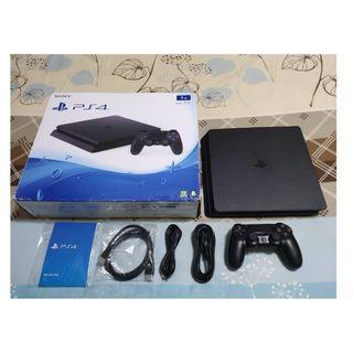 (蠻新保固內)1TB PS4 slim黑色薄型美機