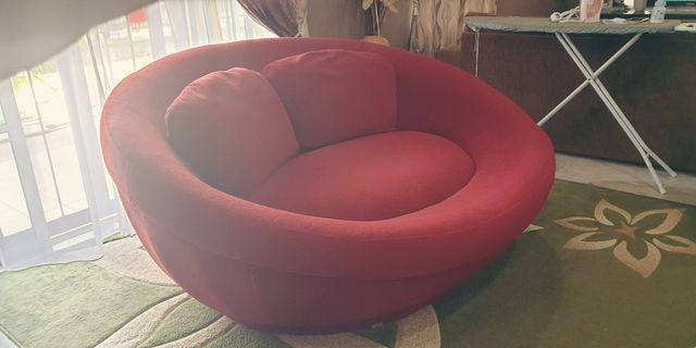 Cellini UFO sofa