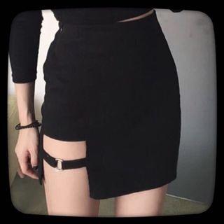 暗黑包臀裙
