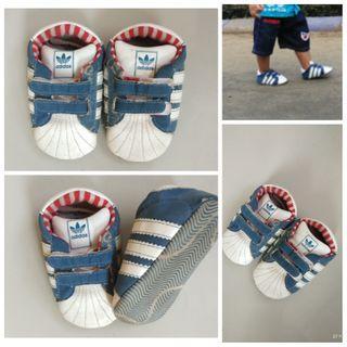 Sepatu baby prewalker bayi