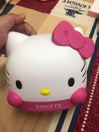 Hello Kitty 衛生紙盒
