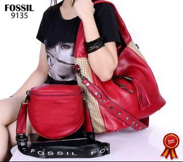 Asli import FOSSIL Lady Hobo is a chic