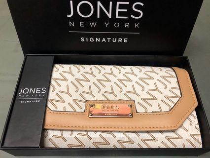 Jones NY wallet
