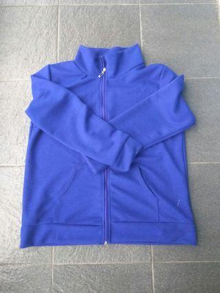 Jaket sweater import #maugendongan #prelovedwithlove