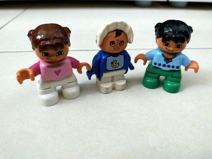 Lego duplo figure girl