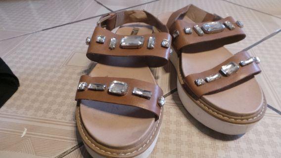 Stradivarius sandal wanita original