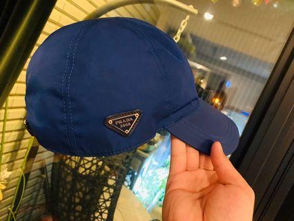 Prada 限量款帽子 「9新」