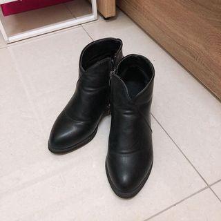 [二手]氣質低筒高跟馬靴