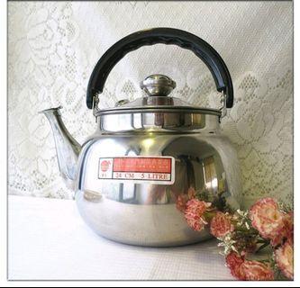 全新不銹鋼5L水壺 不銹鋼水壼 茶壺 不銹鋼 琴音壼 冷水壼 開水壼 鍋子 鍋具